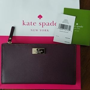 ♠️🎁🎄🎉 Kate Spade wallet (NWT)🎁🎄♠️🎉